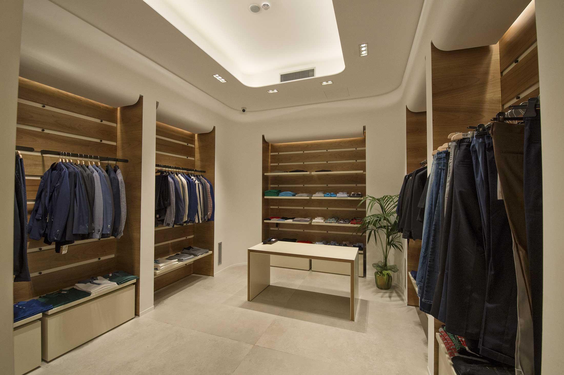Opposti-Boutique-Addessi-Solutions (6)